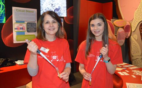 Jenny Woof and Dana Hutton at Dundee Science Festival